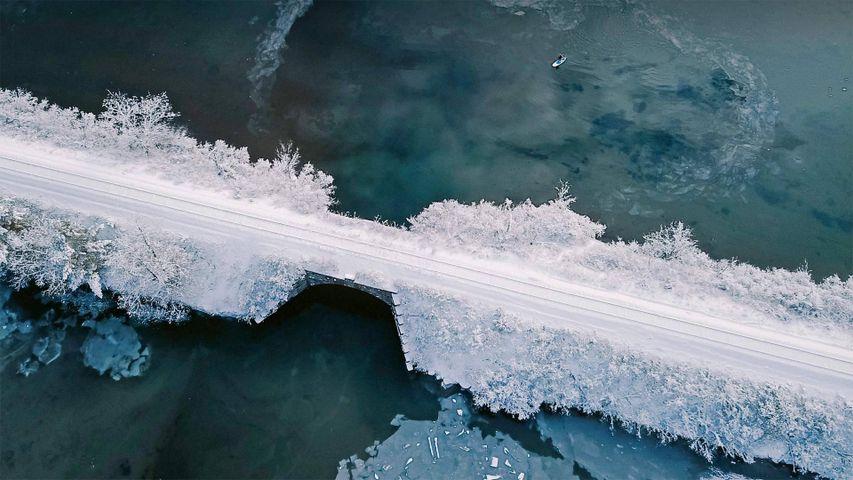 「ハノーバーのコネチカット川橋」米国, ニューハンプシャー州