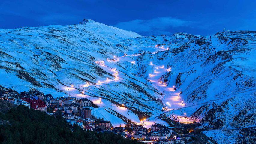 Pradollano滑雪站,西班牙内华达山脉国家公园