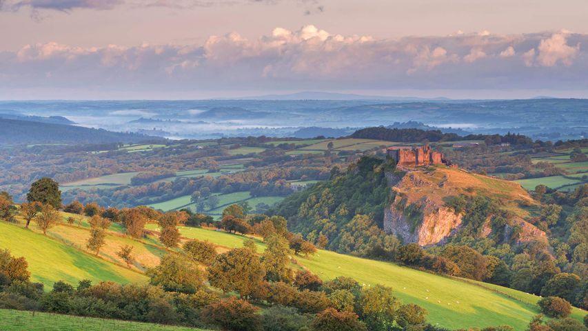 Carreg Cennen castle in the Brecon Beacons, Camarthenshire