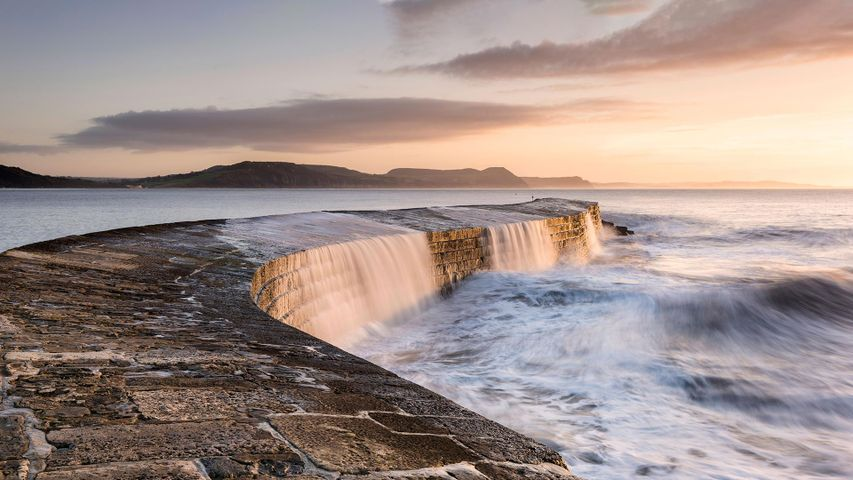 The Cobb breakwater, Lyme Regis, Dorset, England