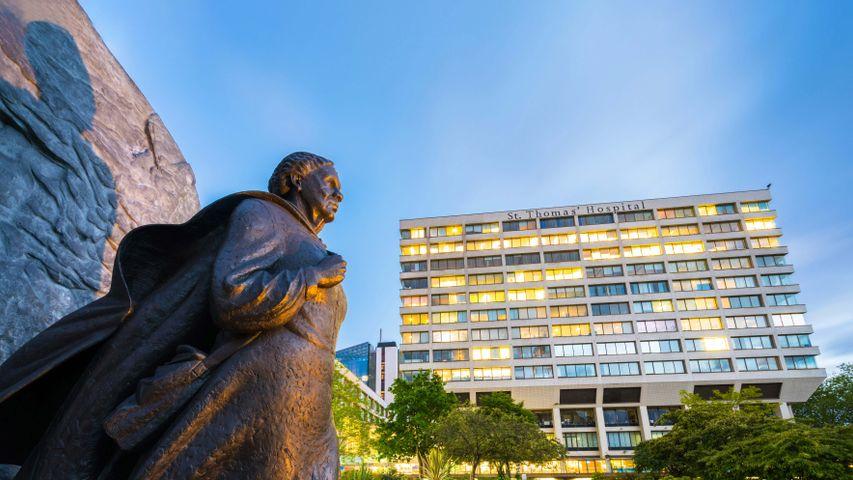 Statue of Mary Seacole at St Thomas' Hospital, London