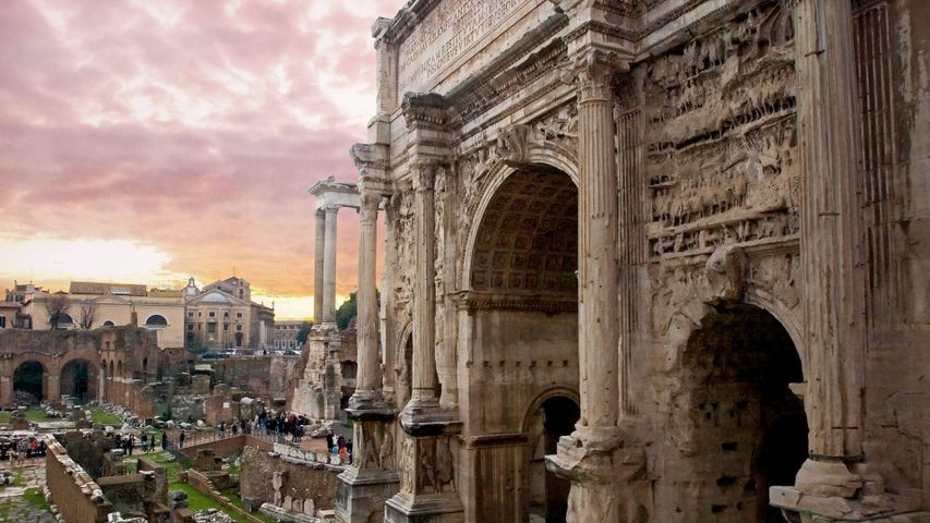 At the Arch of Septimius Severus in the Roman Forum for the ides of March