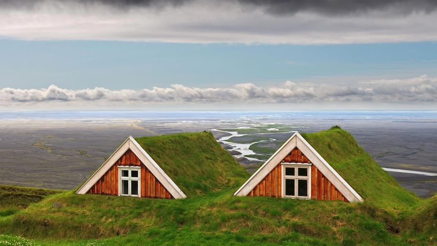 Traditional farmhouses at Skaftafell, Vatnajökull National Park, Iceland