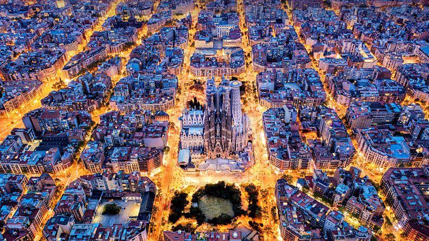 Vista aérea del barrio del Eixample alrededor de la Sagrada Familia, Barcelona