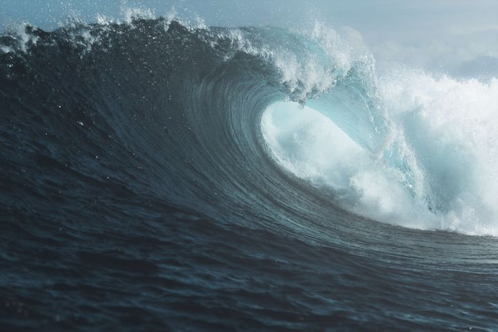 wave water outdoor surfing riding man person ocean