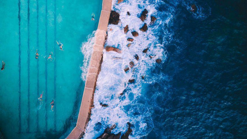 Vue aérienne de la piscine de Bronte Baths près de Sydney, Australie