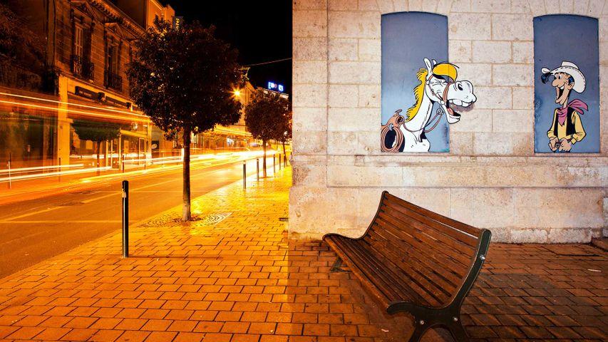 Extrait du mur peint « Les Daltons en prison », Lucky Luke et Jolly Jumper, pour le Festival international de la B.D d'Angoulême
