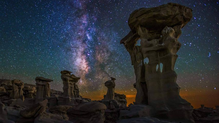Milky Way over the Bisti/De-Na-Zin Wilderness in New Mexico, USA